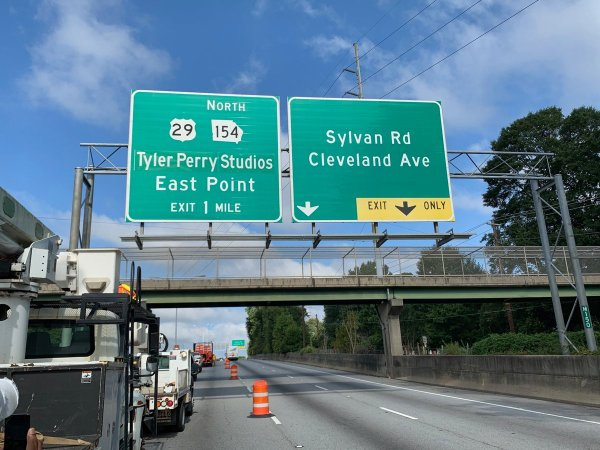 tyler-perry-highway-signs